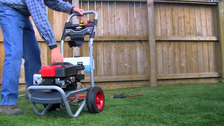 How to Start Briggs and Stratton Power Washer (Steps + Video)
